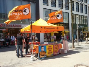 Infostand in Herne @ Bahnhofstr. 49 / Ecke Heinrichstraße | Herne | Nordrhein-Westfalen | Deutschland